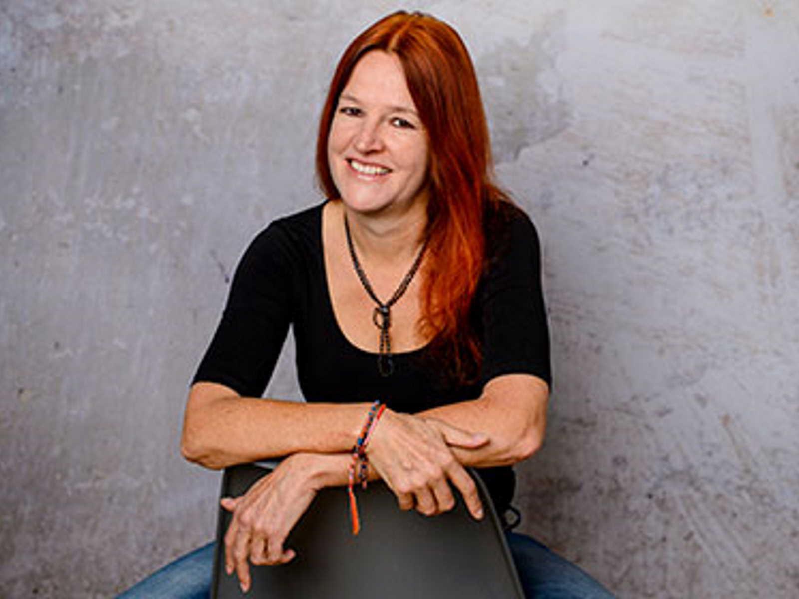 Ulrike Bienert-Loy ist die Inhaberin und Geschäftsführerin von BonaScript, ein PR- und Kommunikationsbüro, in München.